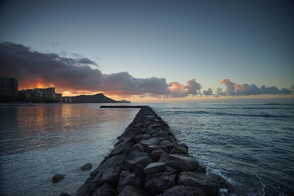 Rock Pier Waikiki Near Hilton