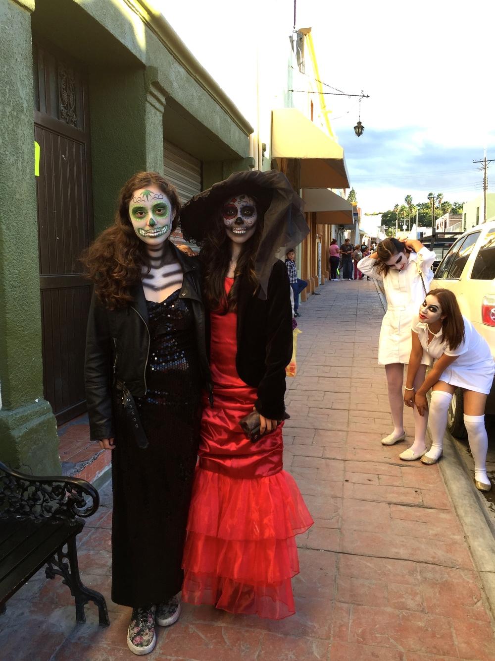 Dias de los Muertes Celebrations!
