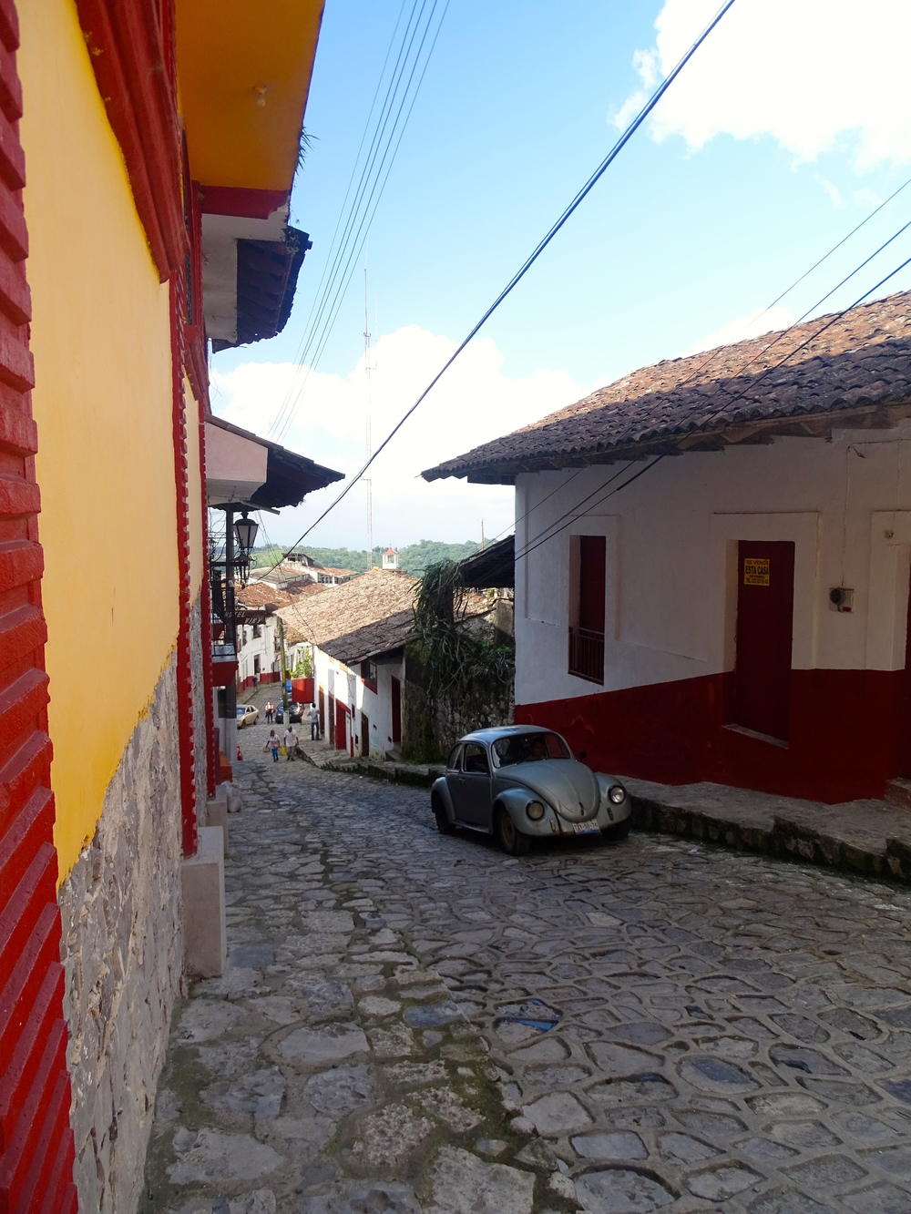 Slick, steep cobblestone streets in Cuetzatlan.
