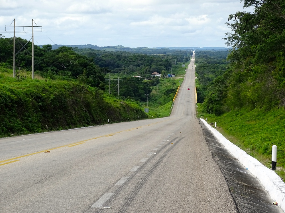The road toward Villahermosa, our next destination.