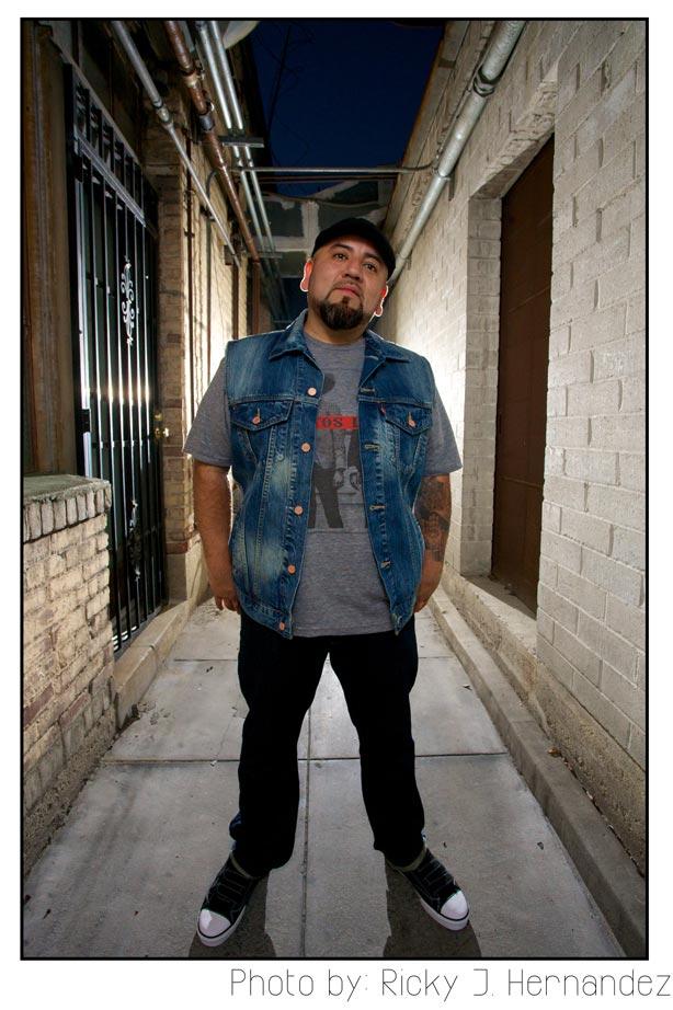Ricky-J-Hernandez-Pablo-Damas-Solo-Show-Momentos-March-16-2013-0007