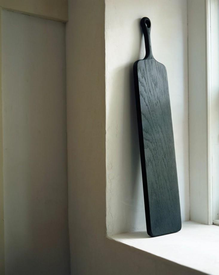 Tagliere in legno nero lavorato a mano a Kingston NY  | Blackcreek Mercantile | Joshua Vogel |  Spazio Materiae |  Napoli