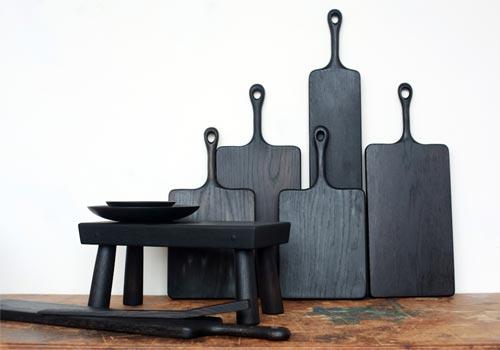 Cucchiai e taglieri in legno nero lavorato a mano a Kingston NY  | Blackcreek Mercantile | Joshua Vogel |  Spazio Materiae |  Napoli