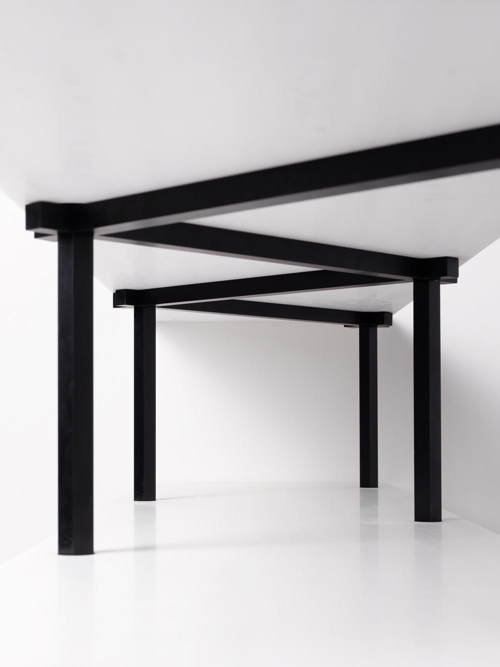 Don't Screw with Me Libreria  | Marmo di Carrara e Alluminio Anodizzato Nero | Minimal Design| Isabell Gatzen | Spazio Materiae | Napoli
