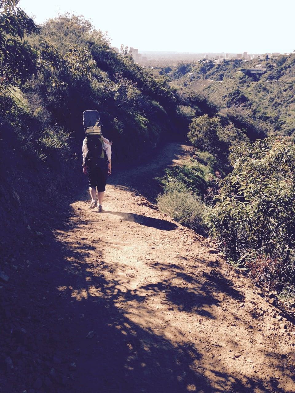 ハイキングで、主人と娘