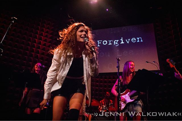 We can't wait for Alanis Morissette's Jagged Little Pill Musical this year! #FbF to our killer concert of the iconic album @joespub! #JaggedLittlePill #Throwback #FlashbackFriday #90s #Concert #livemusic #alanismorissette