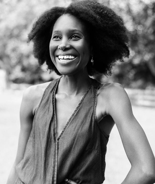 Smile, you're it!!! H A P P I N E S S ❤📷 @cedricsmithstudio  #local #savannah #happiness #smile #naturalhair #love