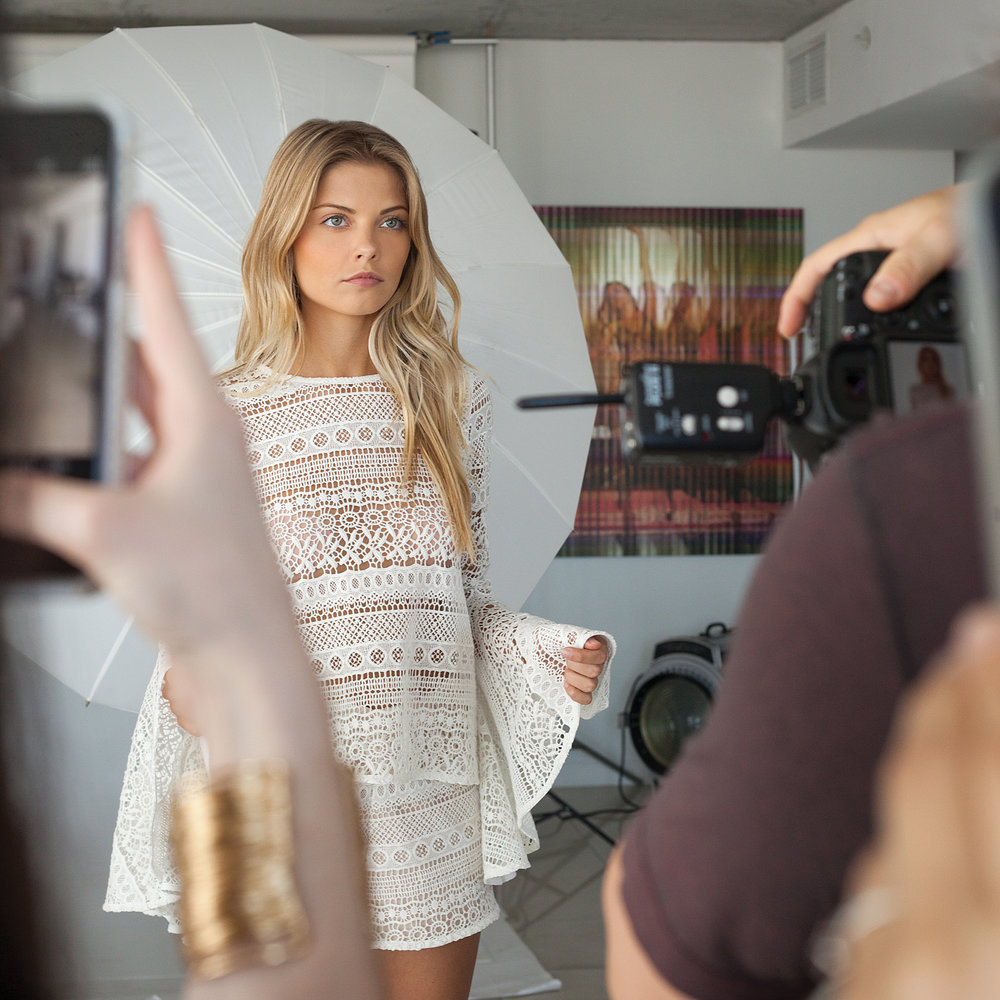 Behind the scenes with Victor Sanabrais Photographer  @VSPstudios