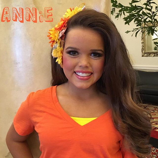 Wow...now that is a natural looking UNITY pageant flipper. Thanks Annie for sharing your smile with us. #pageantflipper #unitysmile #shareyoursmile #pageantgirl