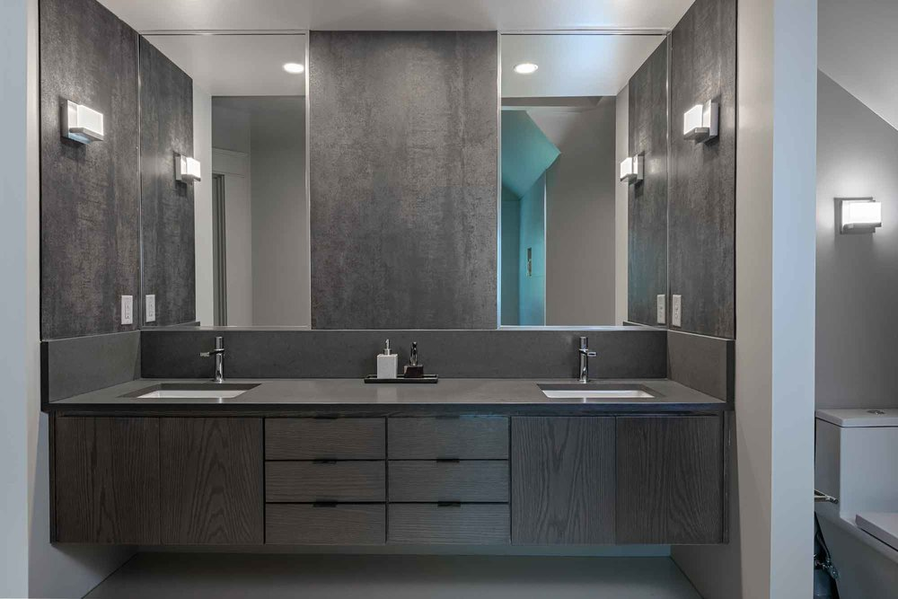 New modern master bathroom