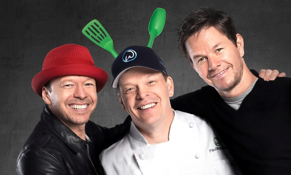 Wahlburgers 360 - A&E.Marketing. 360-Video. Digital Short.Donny Wahlburg guides viewers through a Wahlburgers' location - in an fun, interactive experience.