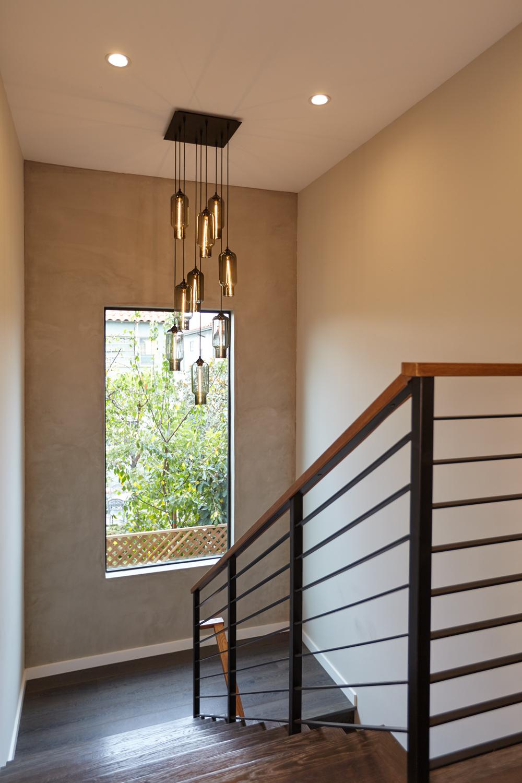 Ilona-House-10-Stairs-1000x1500.jpg