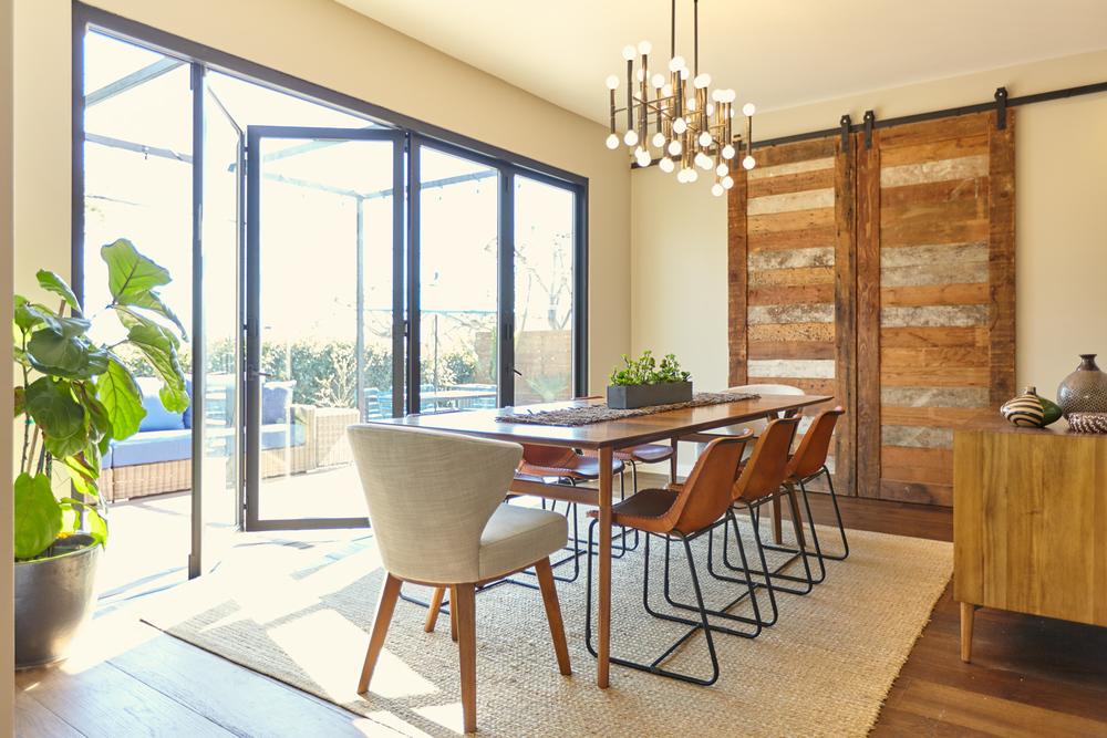 Palms-Blvd-Dining-Room-1500x1000.jpg