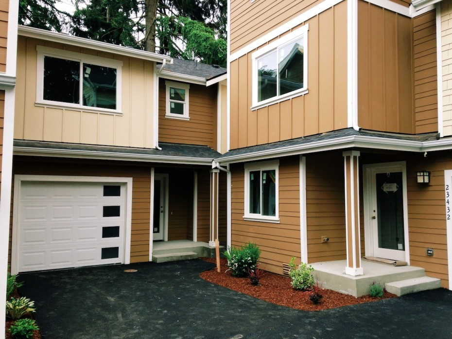 Units in the back of the Mountlake Townhomes development.