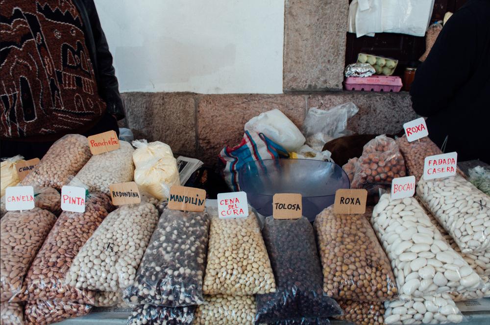 mercado_de_cangas_de_onis_Asturias_MonicaRGoya_01.jpg