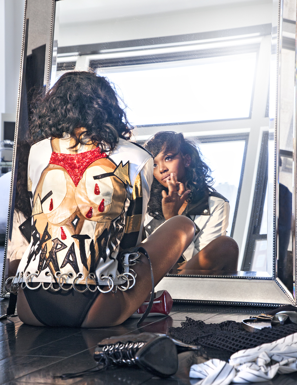 ELISA J Mirror 02.jpg