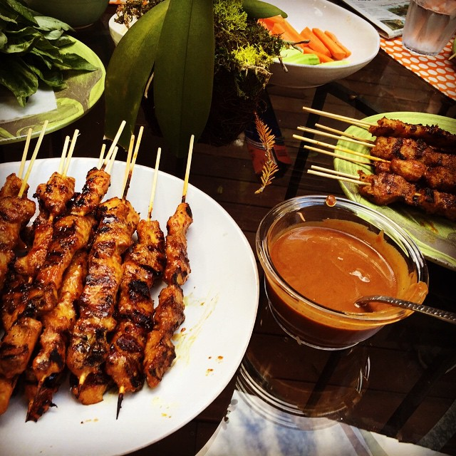 Summer is a wonderful time to cook together with friends. We skewered over 80 pork belly and chicken satay to share with our neighbors. Lots of labor, but so much easier and fun to do it as a community. #indonesianfood #backtomyroots