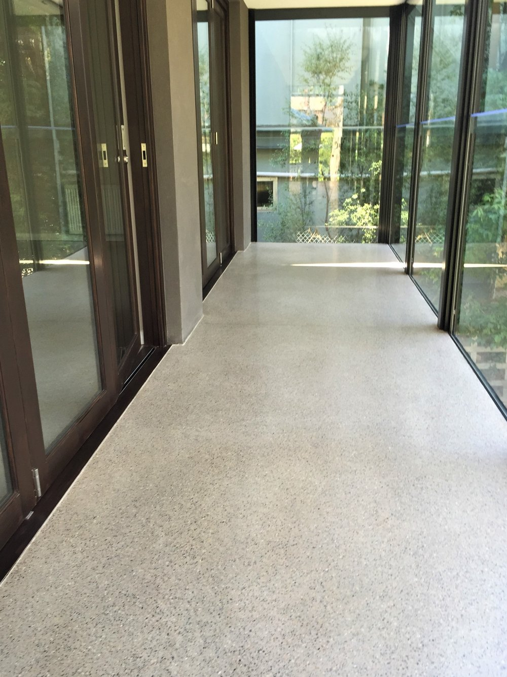 Kew Residence / Taupe with 6mm Crushed Stonefield aggregate