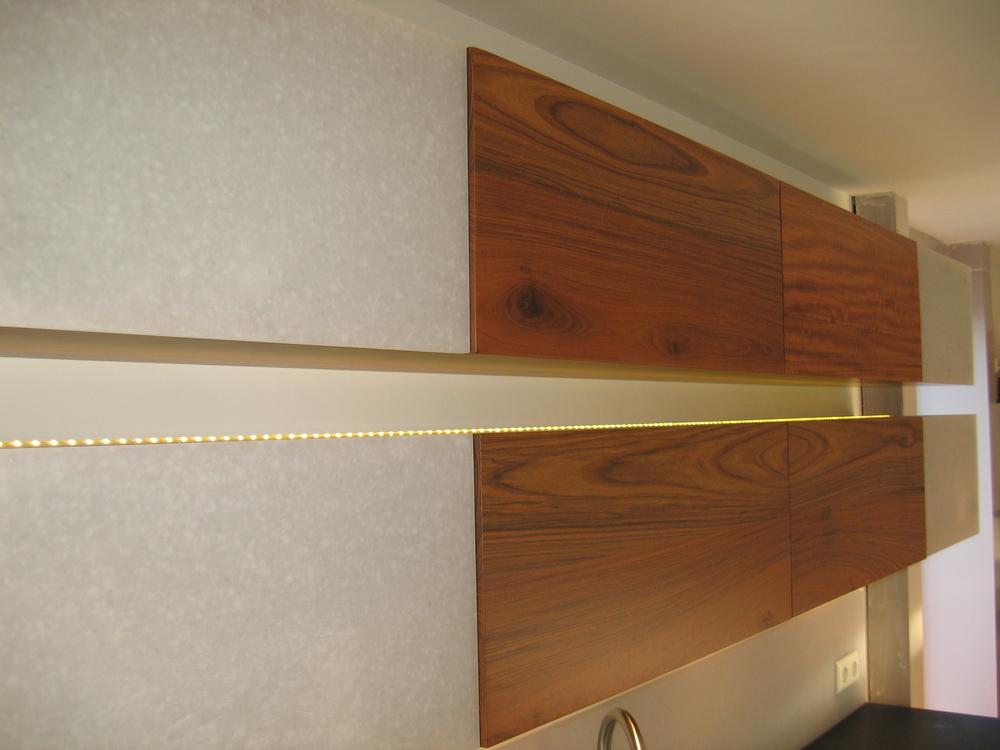 bovenkastjes met greeploze klepfronten van mutenye en avonite