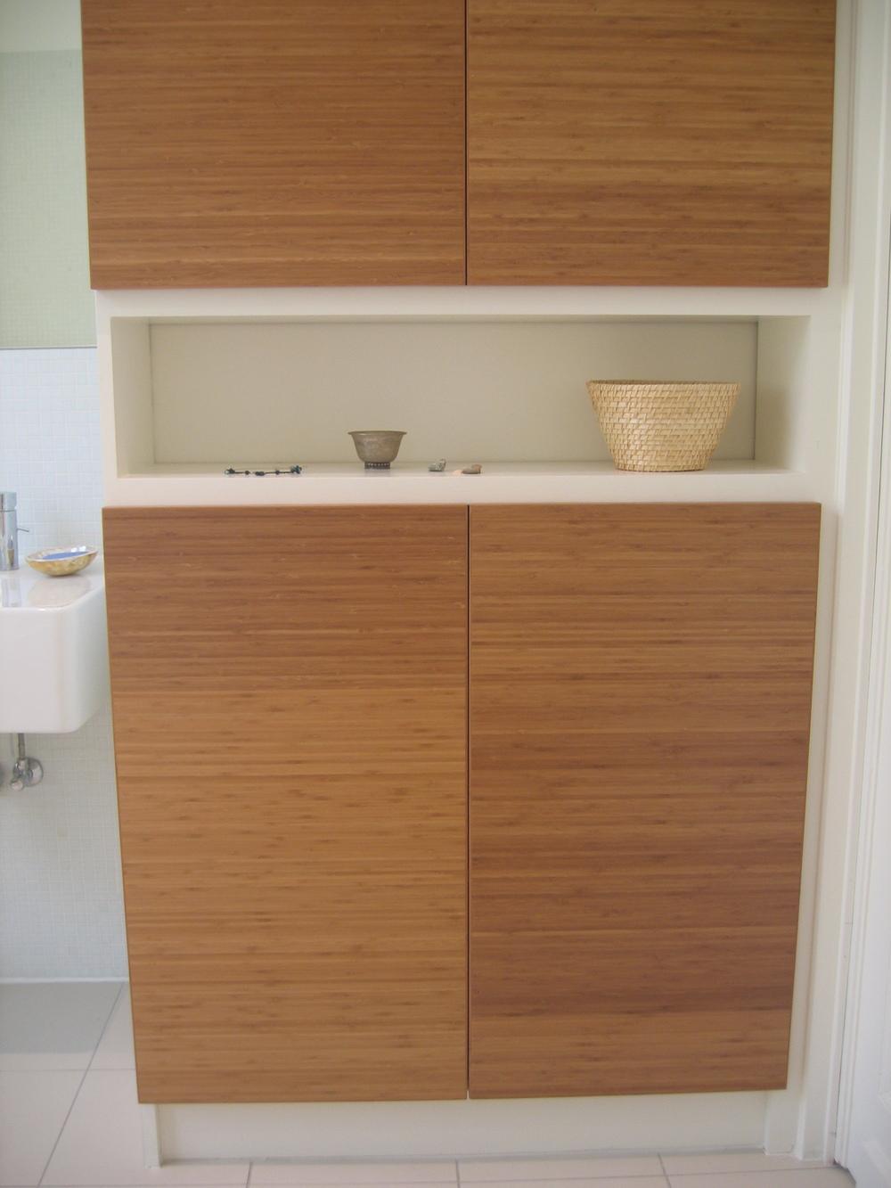 badkamermeubel in bamboe en mdf
