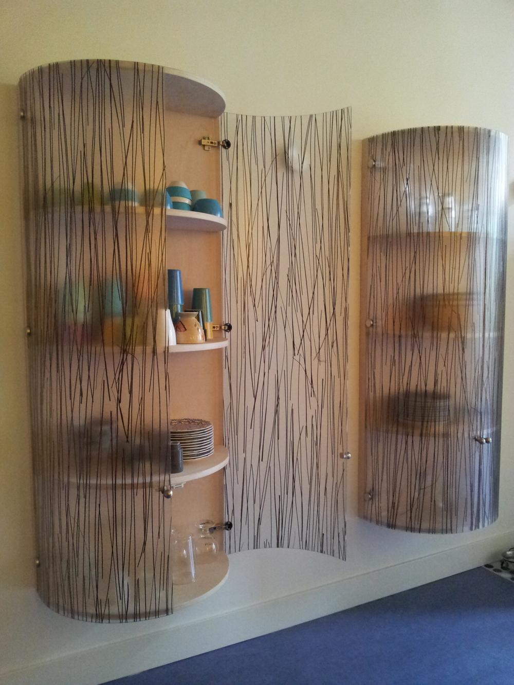 vitrinekastjes met deuren van acrylaat met ingegoten natuurlijk bamboe