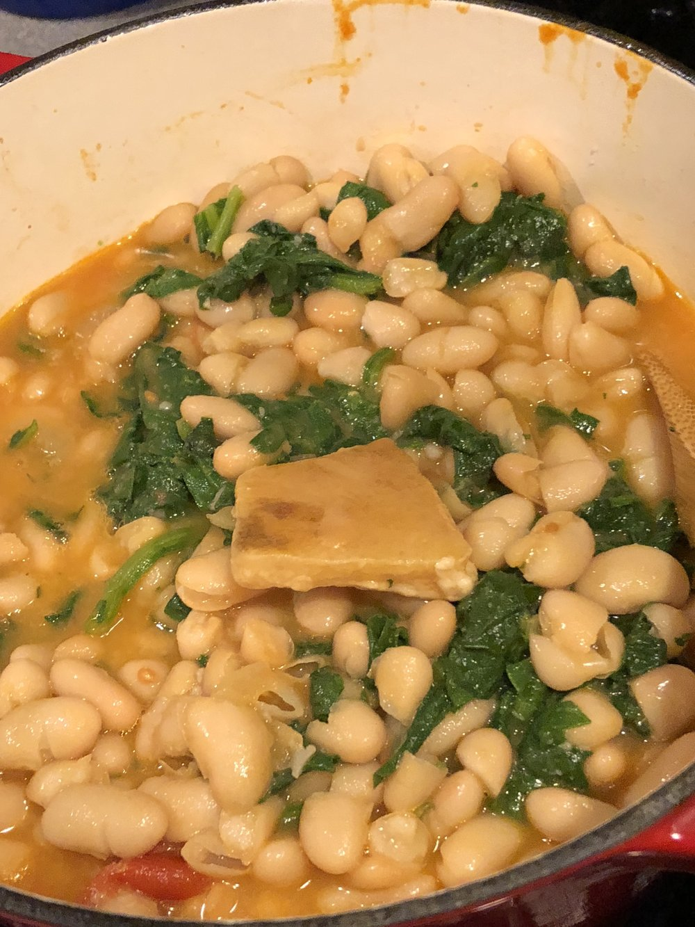 Cannoli bean with spinach soup