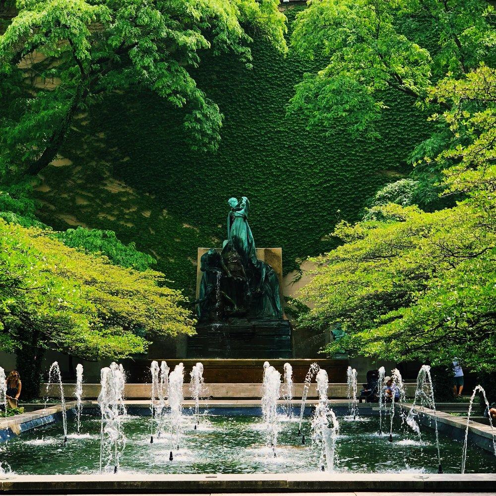 art-institute-south-garden.jpg