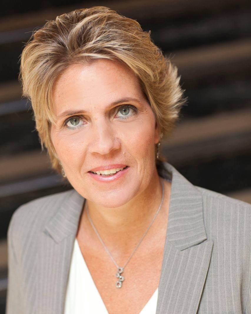 Christine DePaepe - Guaranteed Rate• Senior Loan Officer• Specialist in 203k and HomeStyle Loan Products