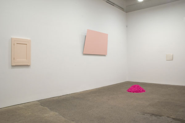 Spectrum-installation-view-(pink&white)_web.jpg