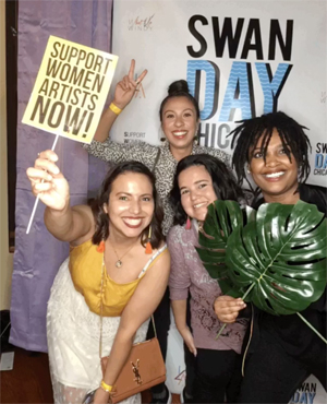 SWAN Day Chicago 2018 featured a SWAN photo booth.