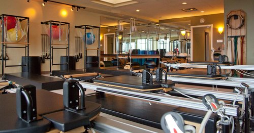 FULLY EQUIPPED REFORMER BASED STUDIO
