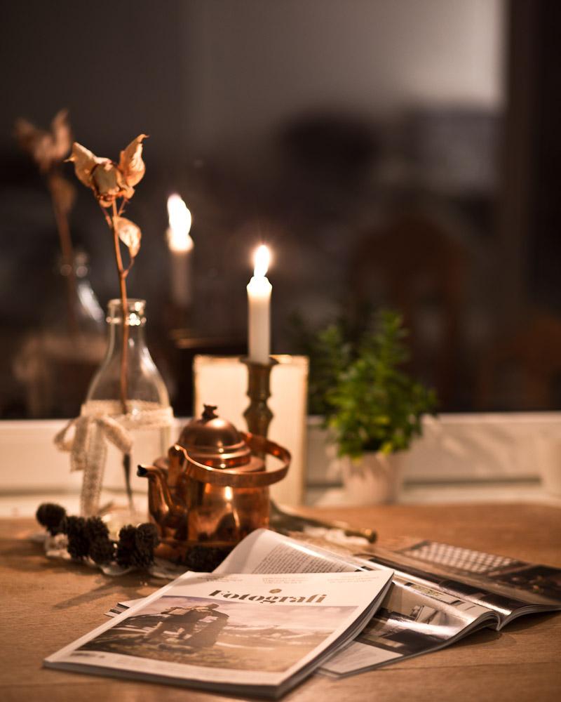 Å sette seg ned med en deilig kopp kaffe og et nytt magasin er en deilig følelse