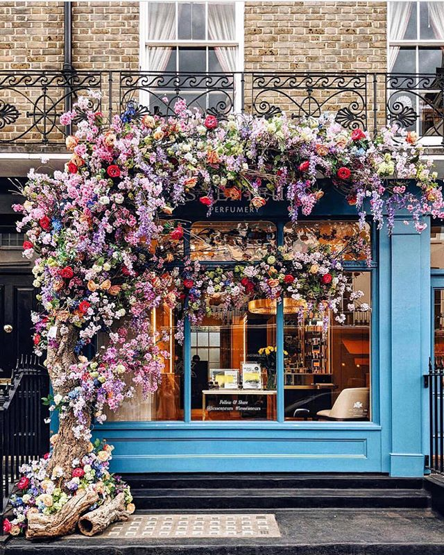 Spring fever 🌿🌺 || via @heydavina in London #readyforspring #inspiration #inspo