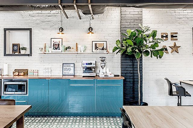 Office kitchens can be pretty, too 🌿 Swipe to see what this space used to look like, dropped ceilings & all! #projectthewave #commercialdesign #beforeandafter | 📸 by @thewonderjam