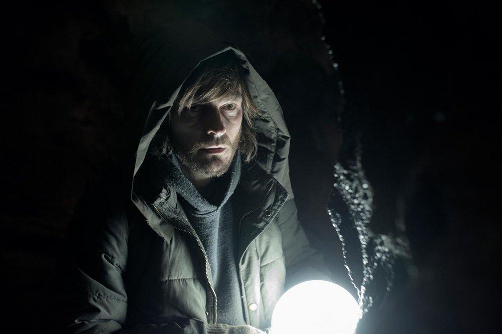 dark-review-hoodie.jpg