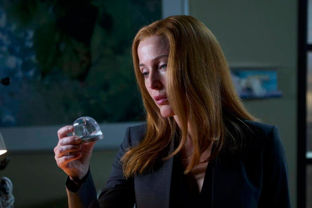 the-x-files-scully-snowglobe.jpg