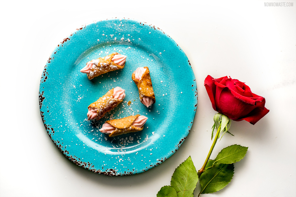 Rose-Sherbet-Cardamom-Indian-Mini-Canoli_saynomaste_29