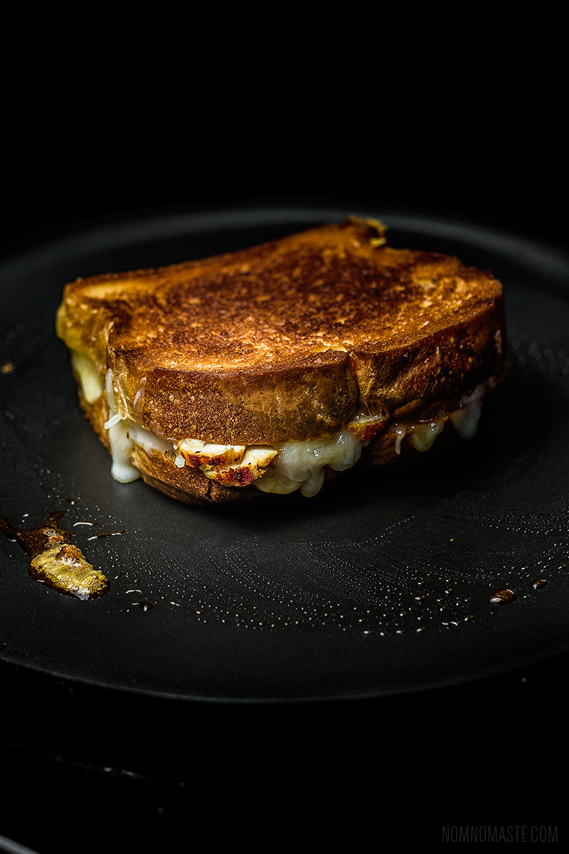 Easy-Indian-Chicken-Tikka-Grilled-Cheese-Sandwich_11