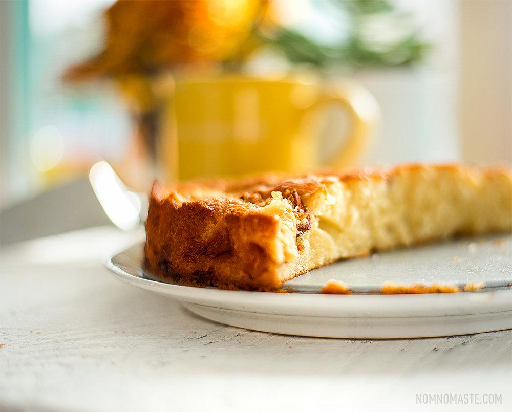 French-Cardamom-Apple-Cake_NomNomaste_11.jpg