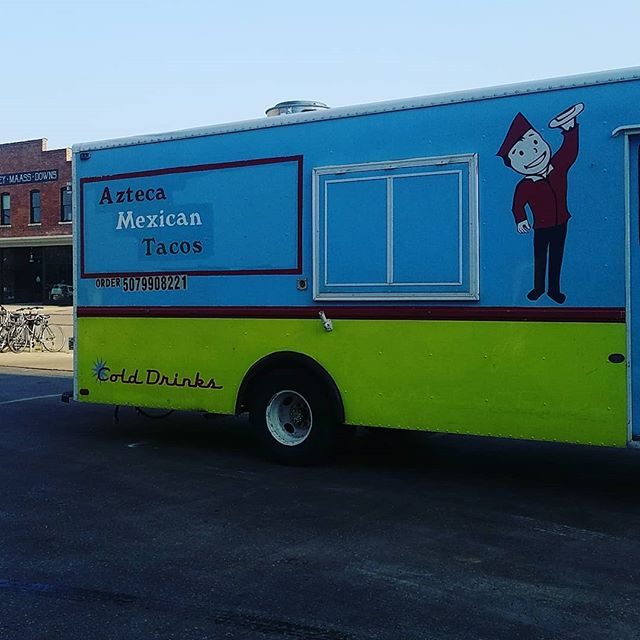 Lookie who is here setting up! @aztecamexicantacos #gallery24 #finale #foodtrucks #rochesterartists #rochmn #rochester_mn #mnartists #minnesota #art #artist #mnartist #localart #localmusic #nonprofit