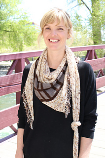 Solo_Shawl__212__small2.JPG