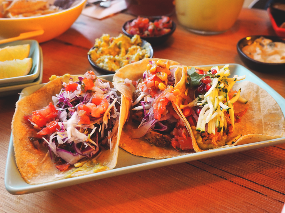 Fonda Mexican Hawthorn Blog Review - taco trio