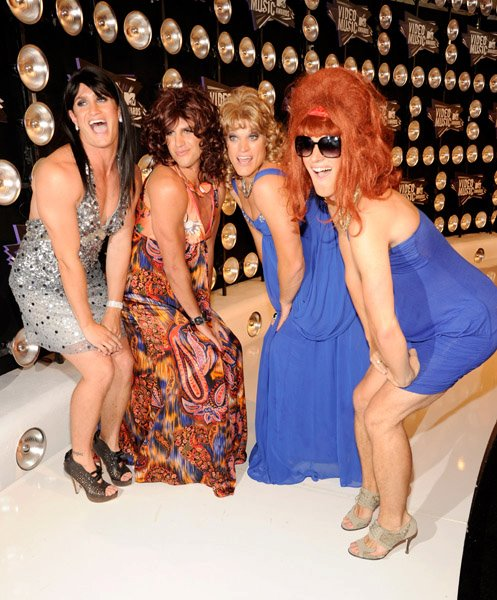 #118: GO TO THE VMA'S IN DRAG