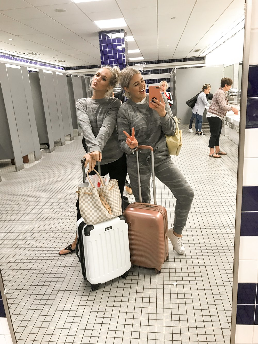 Bre Sheppard - My First NYFW - Airport Swag.JPG