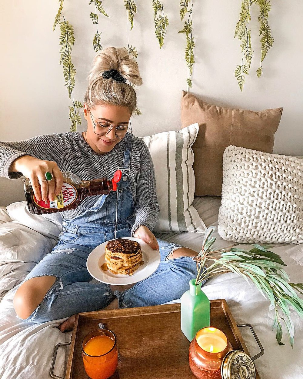 COZY Winter Style Guide : Pancakes : Inspo : Overalls - Bre Sheppard.JPG