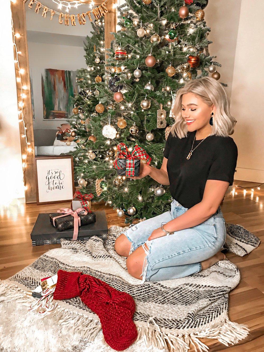 Amazon Handmade Giftguide - Bre Sheppard : Holiday Inspo : Christmas Tree : Inspo.jpg