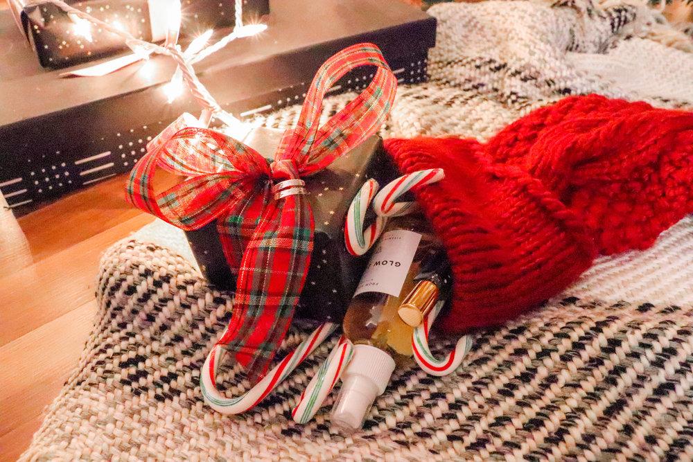 Bre Sheppard - Gifting : Christmas :  Stocking Stuffers.jpg