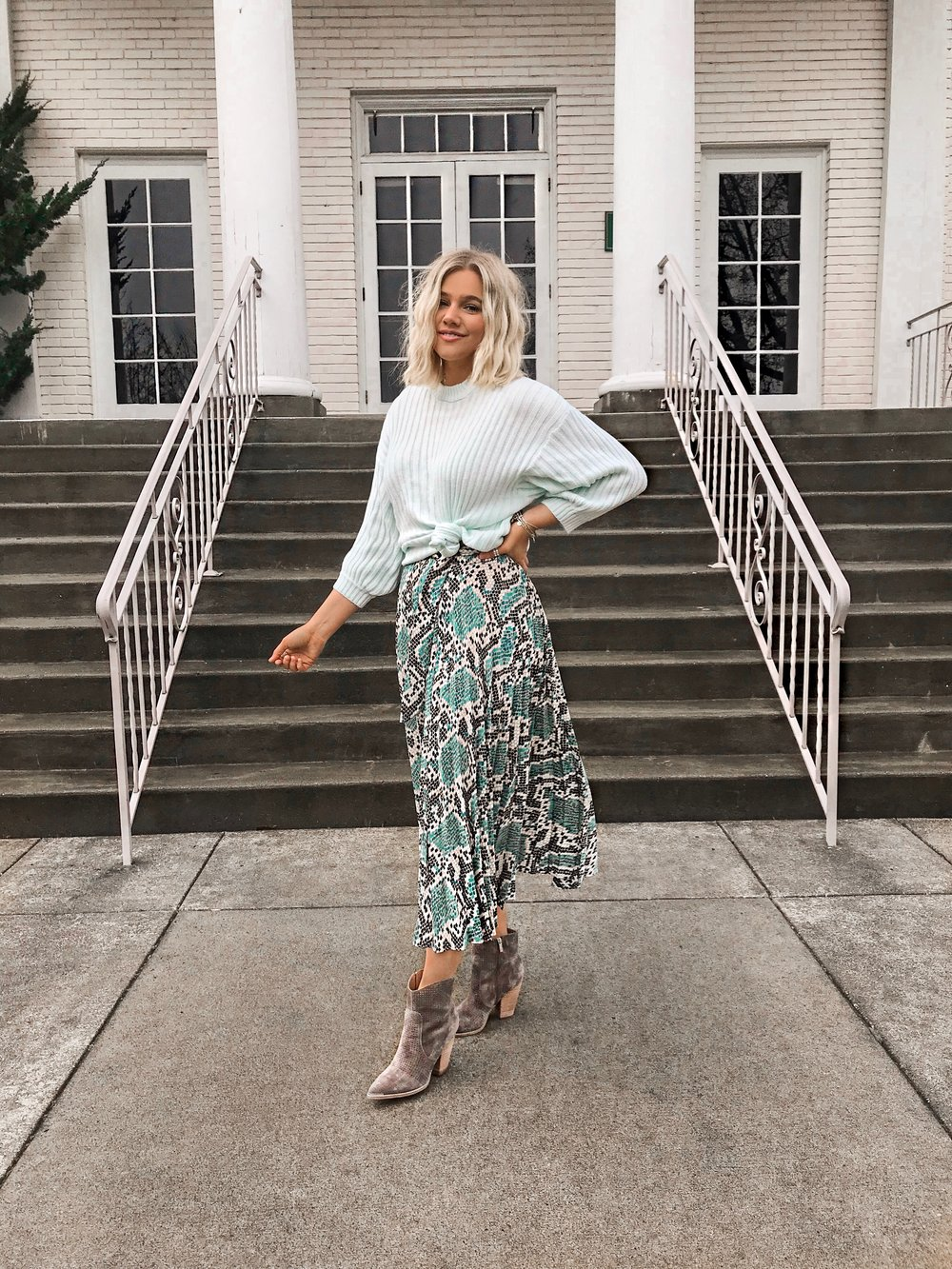 8712f2a43c1 Bre Sheppard   Spring Style   Nordstrom   Topshop   Outfit Inspo.JPG