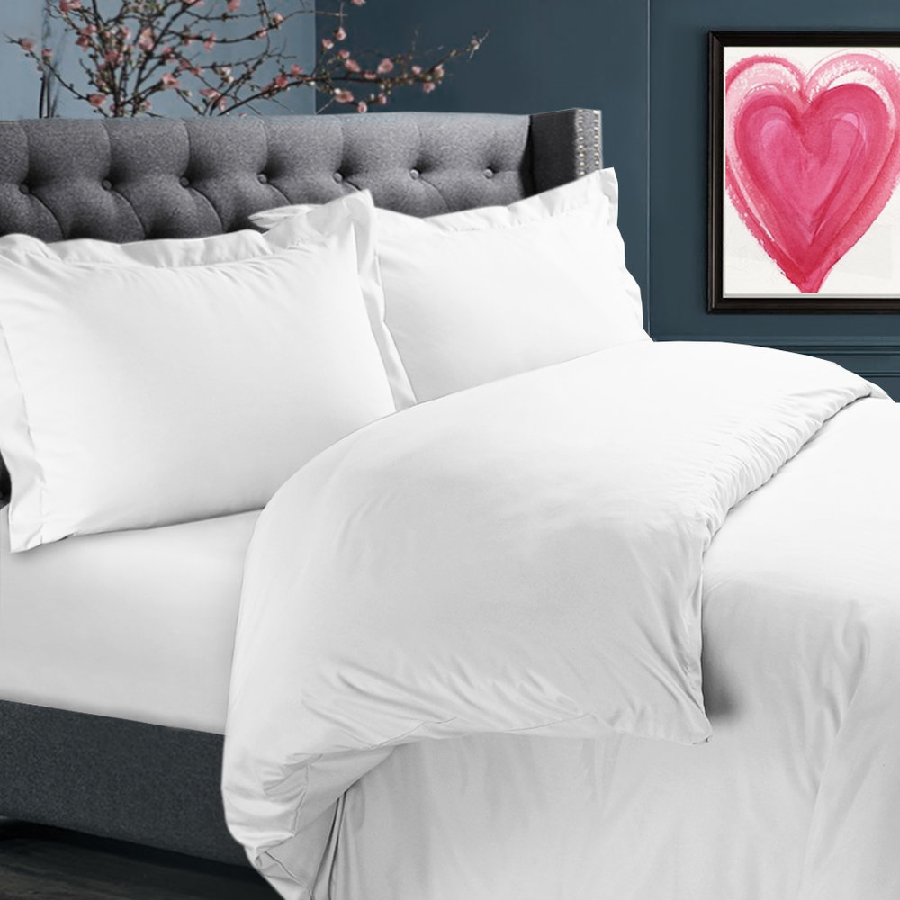 Nestl Bedroom White Duvet.jpg