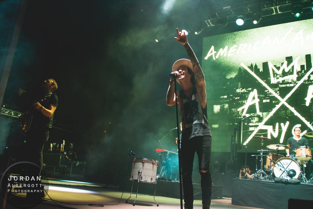 AmericanAuthours-4.jpg